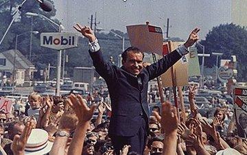 大統領になったニクソン.jpg